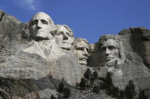 Sculptures of (left to right) George Washington, Thomas Jefferson, Theodore Roosevelt and Abraham Lincoln represent the first 130 years of the history of the United States.